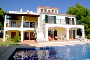 Sea view villa south facing in Nova Santa Ponsa