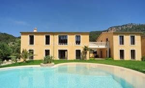 Mediterranean villa with guest house in Andratx