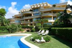 Luxury apartment in second sea line in Nova Santa Ponsa