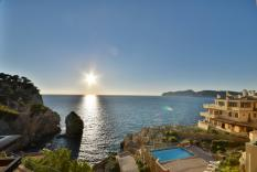 Seafront Apartment in Santa Ponsa