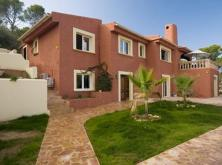 Modernized villa with panoramic views in Costa de la Calma